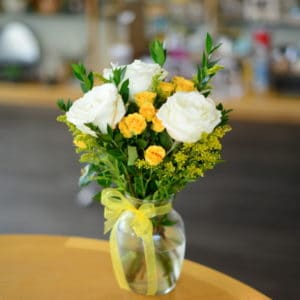Whire Roses with Yellow Garden Roses