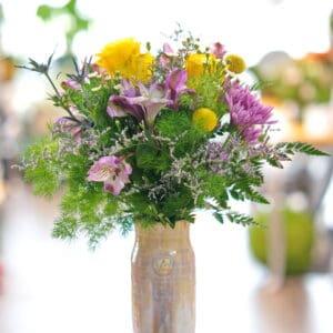Vase Club Flowers